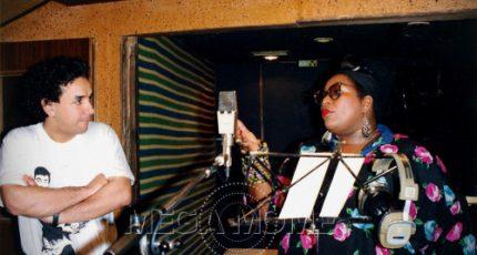 Carole Frédéricks et Mega Mome en studio à Versailles pendant les répétitions juste avant les prises de sons.